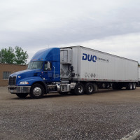 duo trucking refrigerated trailers